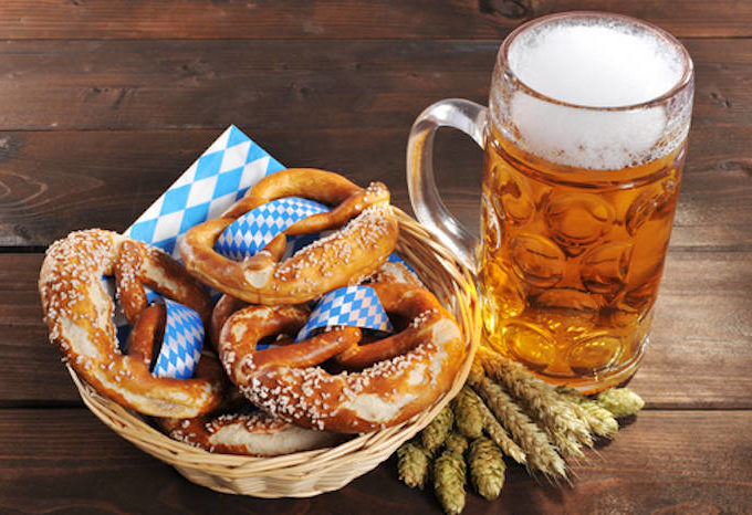Basket of pretzels and a pint of beer.